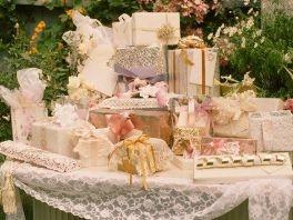 Kako odabrati dobar svadbeni poklon?